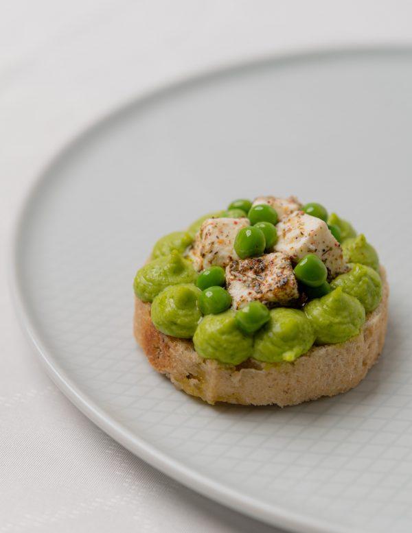 Zöldborsókrémes szendvics